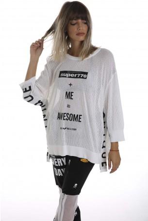 חולצה לבנה רחבה רשת AWSOME