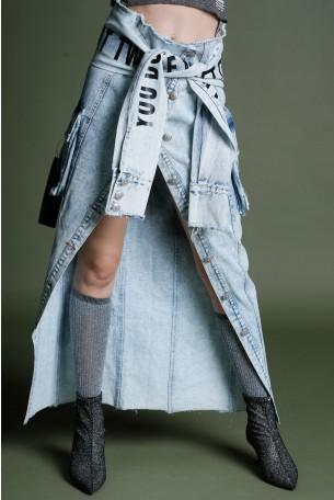 חצאית ג'ינס בגזרה ייחודית MOMENT