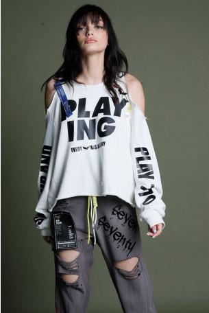 חולצה לבנה ארוכה גזרת כתפיים פתוחה וקרעים PLAYING