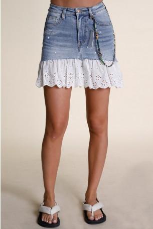 חצאית מיני שילוב ג'ינס ובד תחרה לבן EDITION