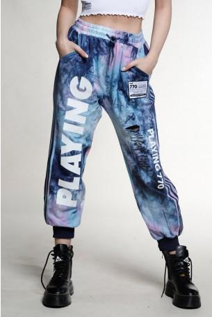 מכנסי טרנינג קרעים טאי דאי בגווני סגול-כחול PLAYING
