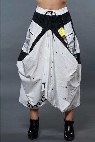 חצאית ארוכה אסימטרית לבנה שילוב ניילון LIMITED