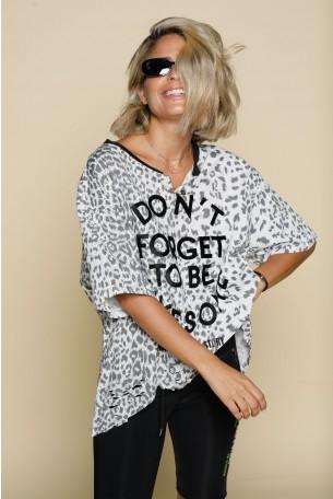 חולצת טי רחבה מנומרת אפורה AWESOME
