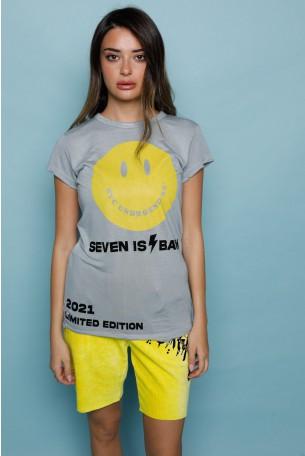 חולצת T בגימור קרעים בגוון תכלת אפור SMILE