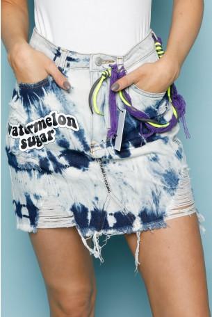חצאית מיני ג'ינס בגווני טאי דאי שטופים   WATERMELON