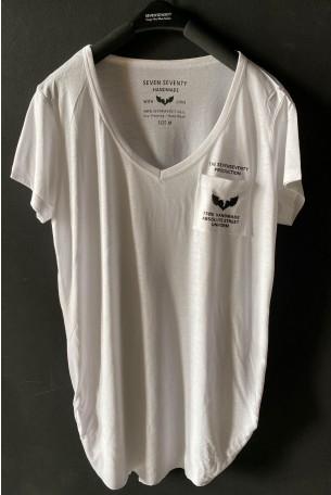 חולצת בייסיק טי לבנה מפתח וי UNIFORM