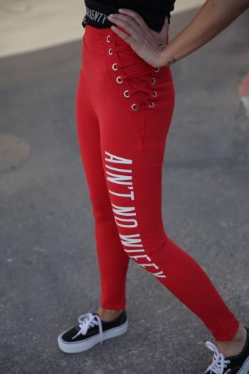 מכנסים אדומים קשירת מותן AIN'T