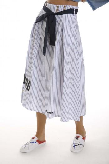 חצאית פסים תכלת ולבן CALM
