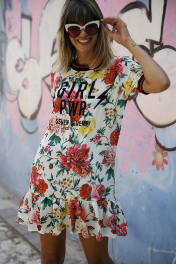 שמלה מיני פרחונית שמנת GIRL PWR
