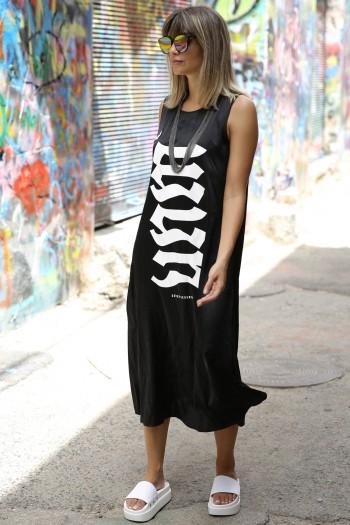 שמלת שחורה מבד משי וסאטן FLOW