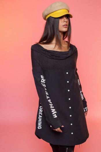 חולצה שחורה מכופתרת בשילוב צווארון רחב HAND MADE