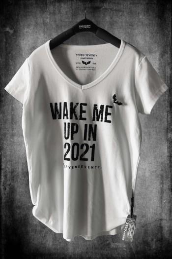 חולצת T לבנה  WAKE ME