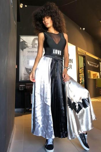 חצאית פליסה שחור זהב ADVENTURE