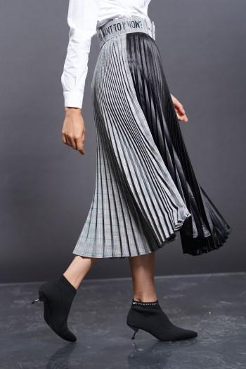חצאית אקורדיון שחורה-אפורה משבצות ME