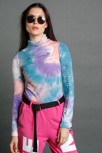חולצת גולף טאי דיי בגווני סגול כחול וורוד STRENGTH