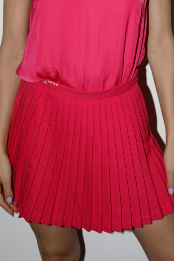 חצאית מכנס מיני פליסה ורודה LOVE