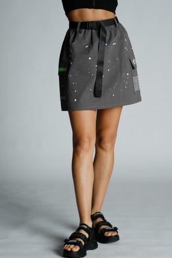 חצאית מיני אפורה עם חגורה ONE WAY