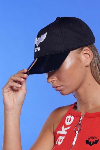 כובע שחור 770