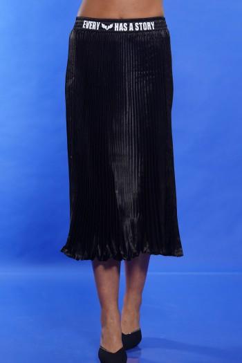 חצאית פליסה שחורה STORY