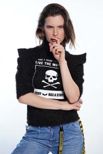חולצת סריג שחור פרוותי MOMENT