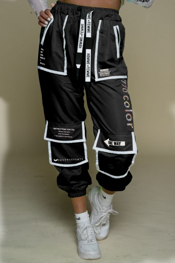 מכנסי ג'וגר שחורים מעוצבים כיסים COLOR