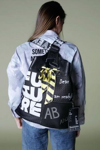 תיק גב שחור מעוצב FUTURE