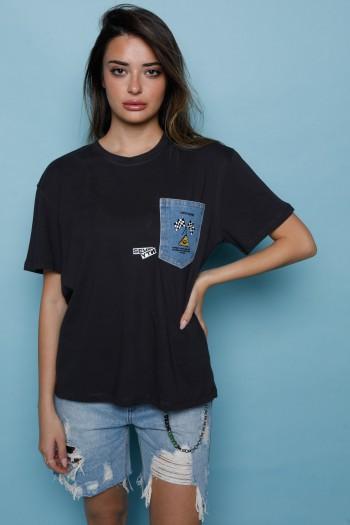 חולצת T שחורה כיס ג'ינס SEVENTY